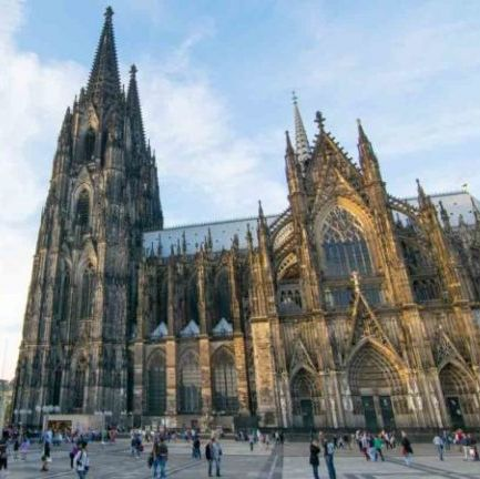 Cologne cathedral Dutch Tours